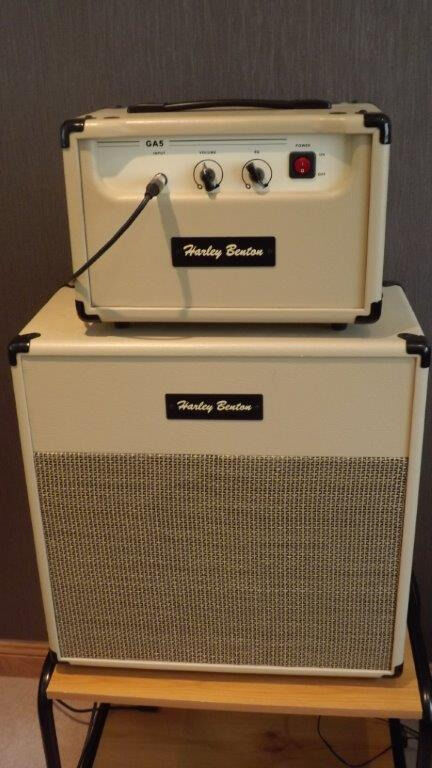 rare harley benton guitar amp head and cabinet glasgow delivery available in ayr south. Black Bedroom Furniture Sets. Home Design Ideas