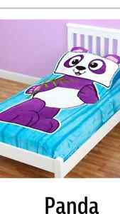 Panda Zippy Sack + 2 sheet sets