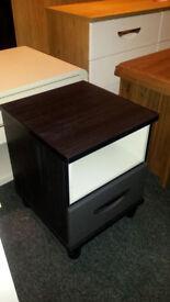 BLACK OAK VENEER/GREY DRAWER FRONT BEDSIDE CABINET 1 DRAWER