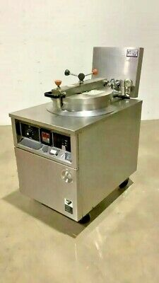 Bk Industries Electric Chicken Pressure Fryer Cooker Commercial Kitchen Rolling