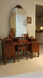 Vintage Solid Wood Vanity/Dressing Table from 1930's.
