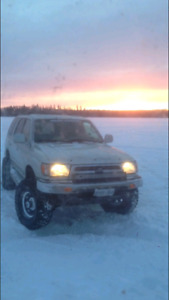 2000 4 runner and parts truck