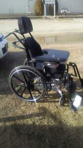 Orion tilt wheel chair - table top : must go. offers ?
