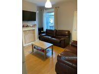 5 bedroom house in Florence Street, Newcastle-Under-Lyme, ST5 (5 bed) (#1100908)