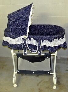 Bassinet + free cushion