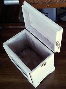 SOLID WOODEN PHOTO BOX PLANTER WITH LID London Ontario image 8