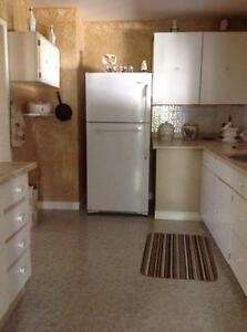 For Rent 3 bedroom house in Cardiff Kawartha Lakes Peterborough Area image 3
