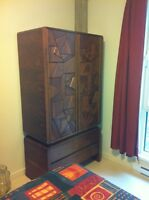ARMOIRE/COMMODE
