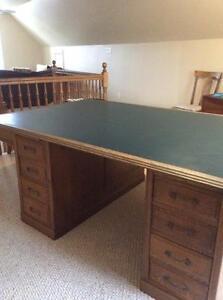 Antique Magnificent Partners' Desk / bureau - antiquité Gatineau Ottawa / Gatineau Area image 2