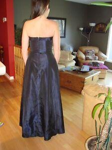 Women's Dress - Black Fairweather Dress - Size 4 -Dark Navy Blue Kitchener / Waterloo Kitchener Area image 6