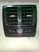 Rear air vent & control Audi