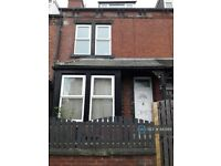 1 bedroom in Stratford Street, Leeds, LS11 (#883189)