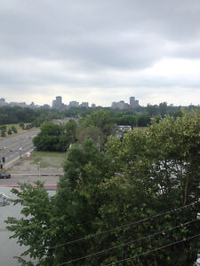 Hull 2 Bedroom Apartment for Rent in Gatineau, Quebec w/ balcony