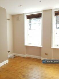 2 bedroom flat in Barnsbury Street, London, N1 (2 bed) (#1089997)