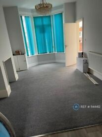 1 bedroom flat in New Road, Portsmouth , PO2 (1 bed) (#1144412)