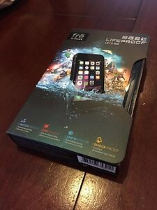 Brand New Lifeproof FRE Iphone 6/6S with lifetime warranty