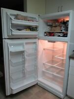 18.3 cu ft KENMORE FRIDGE; EXCELLENT CONDITION