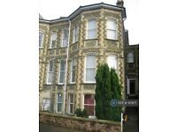 8 bedroom flat in Clifton, Bristol, BS8 (8 bed) (#951871)