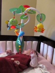 My Nature Pals Tiny Love fantastic baby crib mobile!