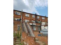 3 bedroom flat in Greenford Road, Greenford, UB6 (3 bed) (#1026427)