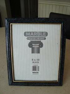"Marble Look 8 x10"" Photo Frame - Great Shape Kitchener / Waterloo Kitchener Area image 2"