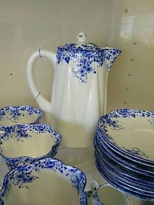 Shelley Fine Bone China Dinnerware set