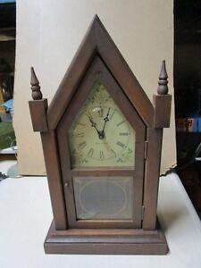 Lot # : 198 - Horloge à pendule