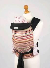 Mei Tai baby sling