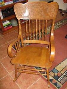 Rocking Chair in Beechwood Bligh Park Hawkesbury Area Preview