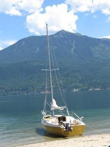 Northwest 21 Sailboat made in North Vancouver by Wright Marine
