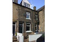 3 bedroom house in Osborne Place, Todmorden, OL14 (3 bed) (#1225165)