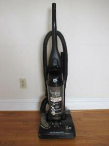 Dirt Devil Vacuum -- Works Perfectly -- AVAILABLE