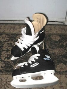 Used very good condition Bauer Chargers Kids Skates, size Y12