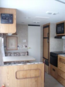 Immaculate 19T4 Pioneer Travel Trailer!
