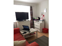 One Bedroom ground floor flat to rent, Northolt, Private Landlord