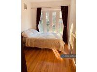 1 bedroom flat in Kings Heath, Birmingham, B13 (1 bed) (#967563)