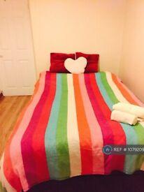 1 bedroom flat in Holloway Road, London, N7 (1 bed) (#1079209)