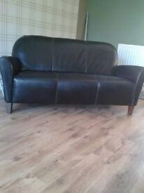 SOFAWORKS LEATHER 3 SEATER SOFA VERY MODERN LOOKING AND VERY GOOD CONDITION WAS £1000+ NEW £100