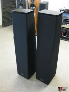 MIRAGE OM 12 LOUDSPEAKERS LIKE NEW
