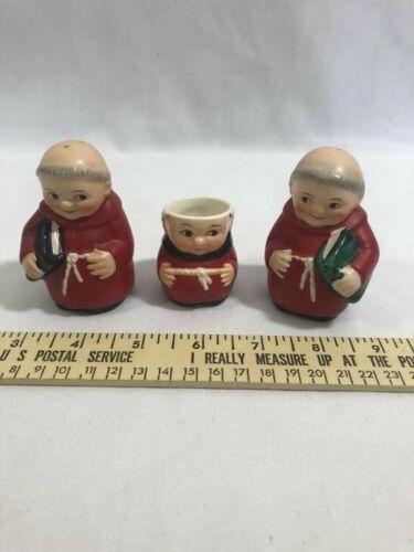 Goebel Friar Red Cardinal Salt, Pepper & Toothpick Holder