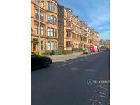 4 bedroom flat in Highburgh Road, Glasgow, G12 (4 bed) (#1089247)