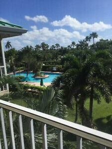 Oceanside condo in Grand Cayman, 7 Mile Beach