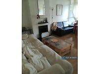 1 bedroom in London, London, Battersea, SW11 (#1139717)