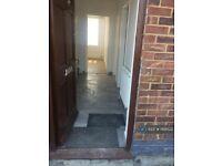 3 bedroom flat in Shenley Road, Borehamwood, WD6 (3 bed) (#1168522)