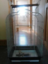 PARROT / BUDGIE CAGE