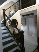 INTERIOR   RAILING  , STAIR  &  TRIM  SPECIALIST