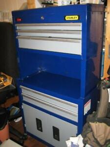 STURDY METAL ROLLING TOOLCHEST & CABINET !