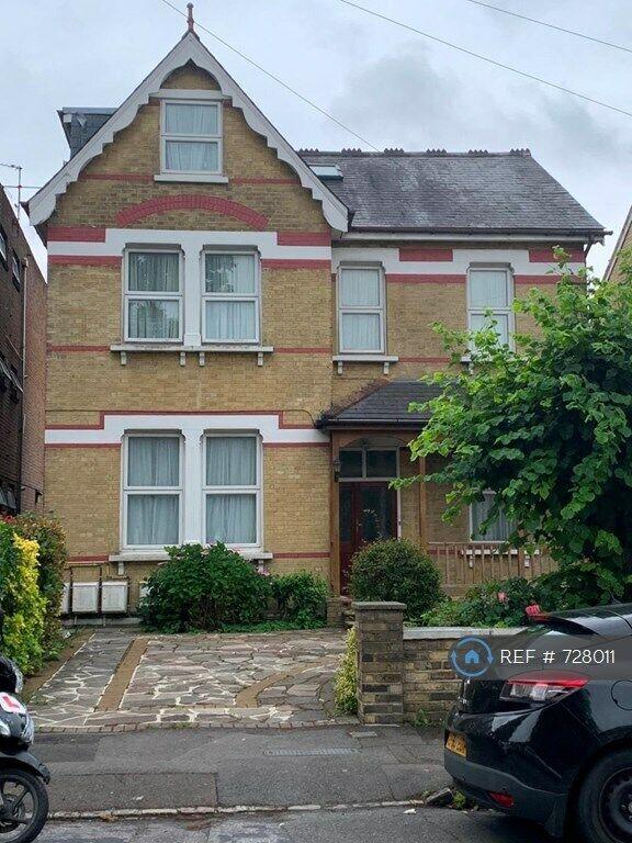 1 bedroom flat in Dunheved Road North, Thornton Heath, CR7 ...