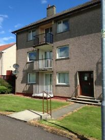 Immaculate 2 bedroom unfurnished flat - freshly decorated with new carpets