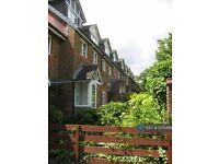 1 bedroom house in Owen Walk, London, SE20 (1 bed) (#1235489)